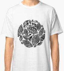 Geometrical nature print / little geometric leaves Classic T-Shirt
