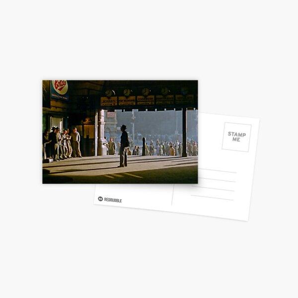 Clockwatcher on entrance Flinders St station 19580904 0001 Postcard