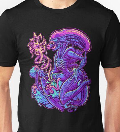 ALIEN PINUP Unisex T-Shirt