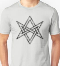 Unicursal hexagram, magical symbol, magick, ritual, spell T-Shirt