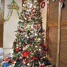 Christmas Tree IV Red Theme by Kashmere1646