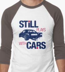 Still plays with cars (6) Men's Baseball ¾ T-Shirt