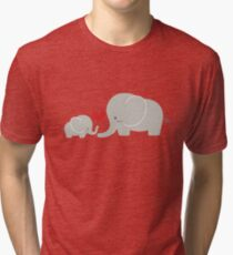 Baby and parent elephant with heart Vintage T-Shirt