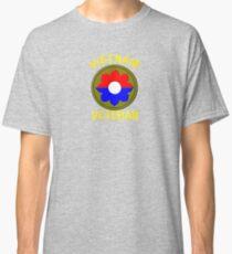 9th Infantry Division (Vietnam Veteran Classic T-Shirt