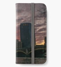 Fire above the City iPhone Wallet