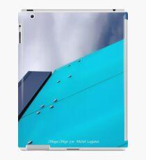 Oblique requires iPad Case/Skin