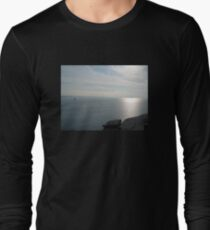 KING ARTHUR'S VIEW TINTAGEL CASTLE CORNWALL T-Shirt