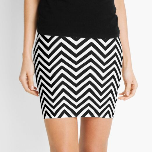 Black Zigzag Pattern Mini Skirt
