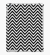 Black Zigzag Pattern iPad Case/Skin