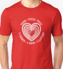 VALENTINE'S DAY HEART VVV  T-Shirt