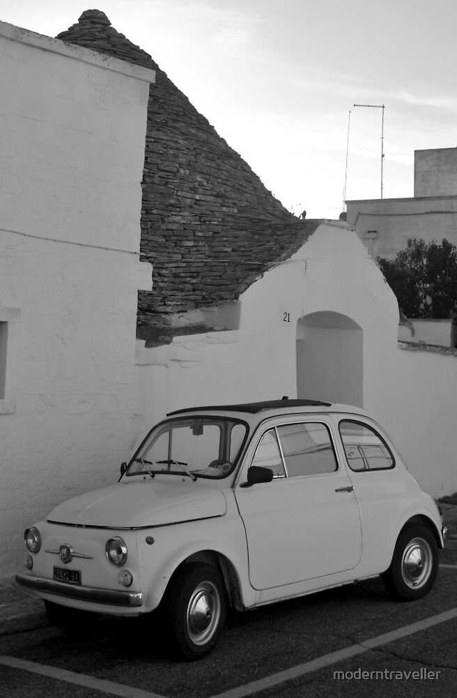Fiat 500 beside a Trullo, Puglia by moderntraveller