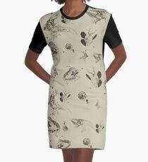 Vestido camiseta Patrón de lagartos (sepia)