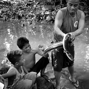 Eel Master - Pohnpei, Micronesia by alexzuccarelli