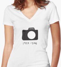 Bill Cunningham Tribute: 1929 - 2016 Women's Fitted V-Neck T-Shirt