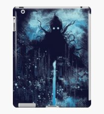 Cthulu class 5 vs little hero iPad Case/Skin