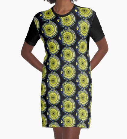 Sinuous I Graphic T-Shirt Dress