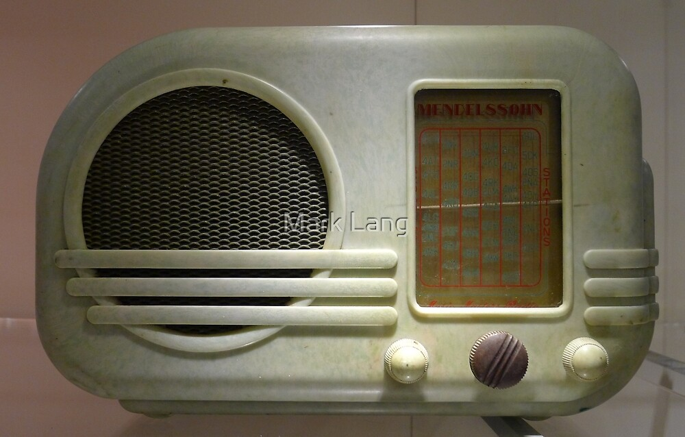 Deco Radio by Mark Lang