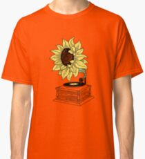 Singing in the sun Classic T-Shirt
