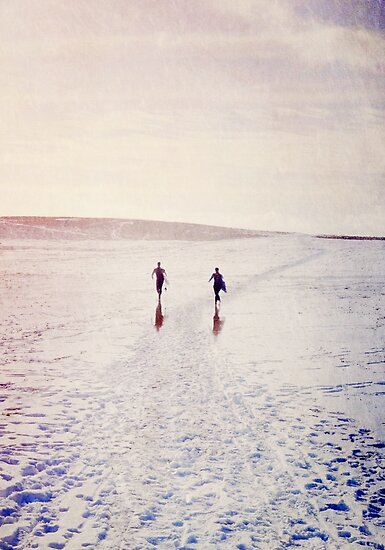 Surfers in the snow. by Lyn  Randle