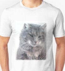 Munchie, the stray cat Unisex T-Shirt
