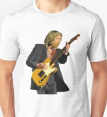 Tom Petty Rock 'N' Roll pose with Fender telecaster guitar (Tom Petty and The Heartbreakers) T-Shirt
