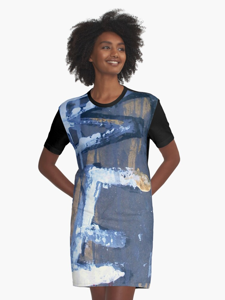 be Graphic T-Shirt Dress Front