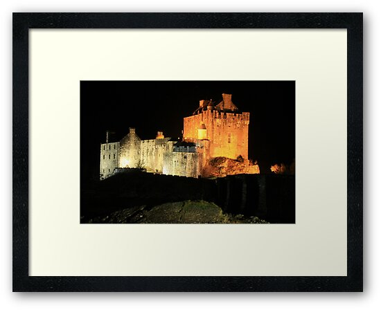 Eilean Donan Castle at night by Charles  Staig