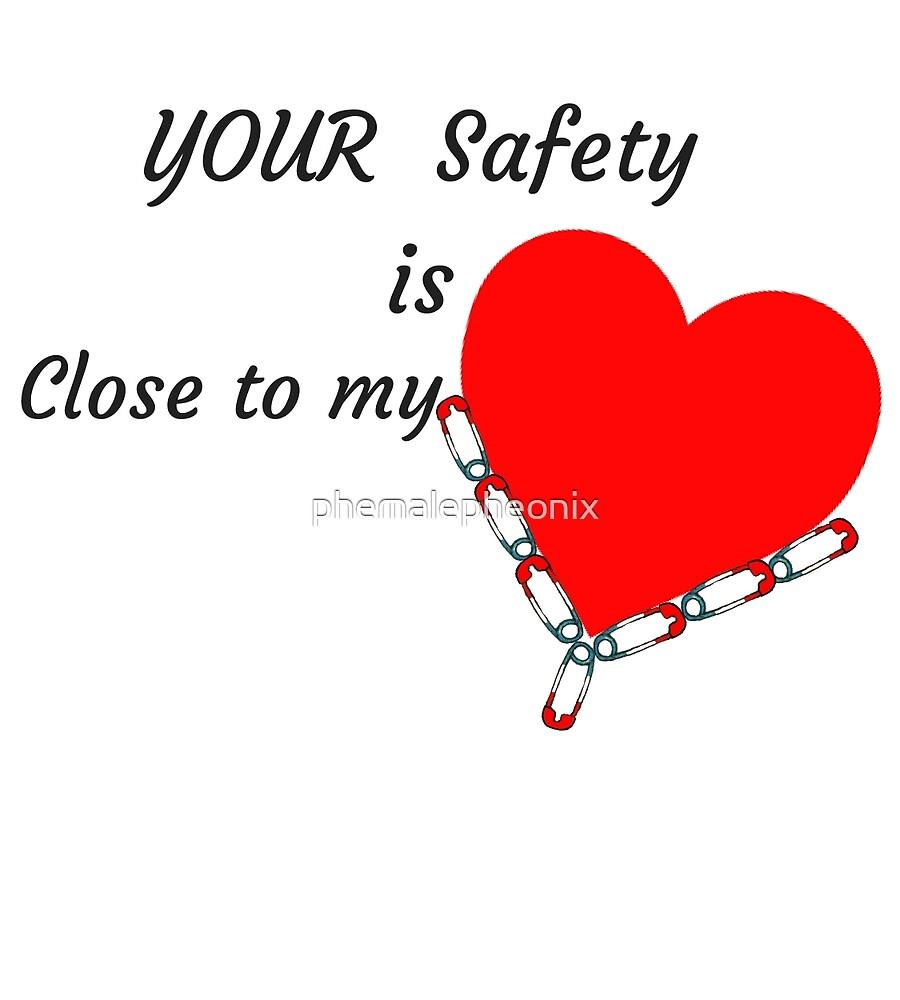 SAFETY PIN HEART RESIST  T-SHIRT  by phemalepheonix