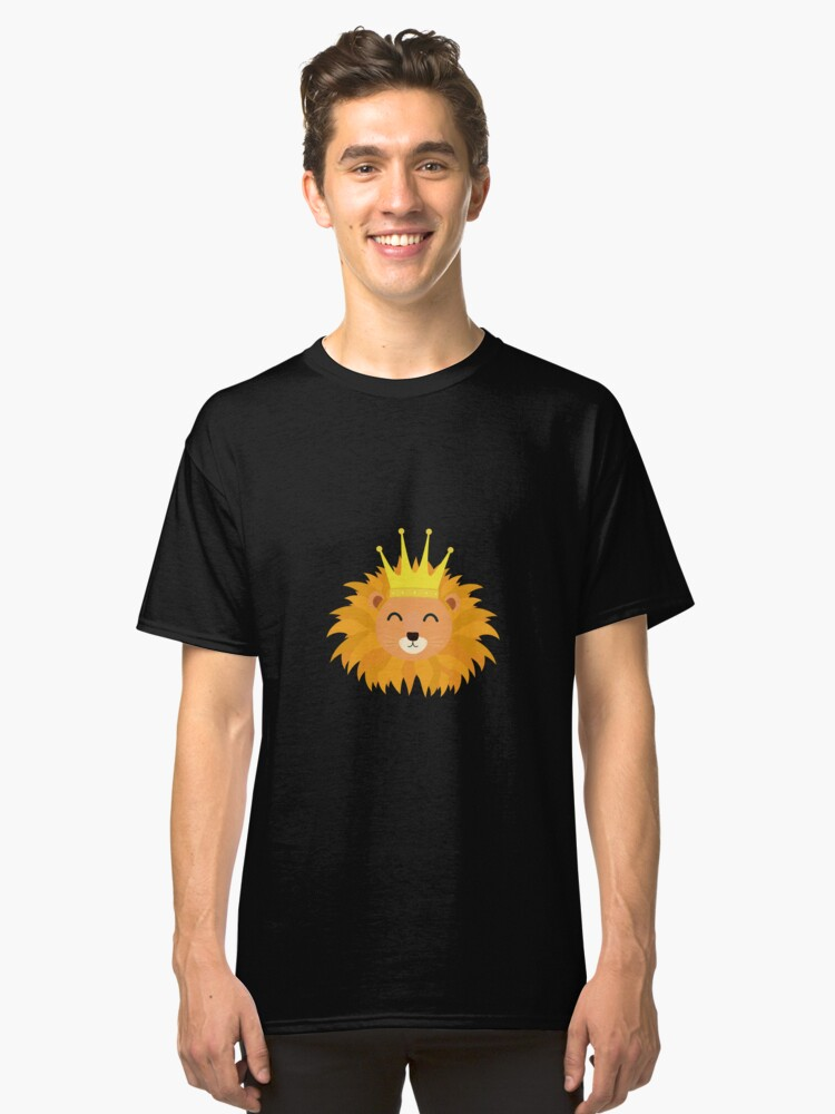 Lion head with crown Classic T-Shirt Front