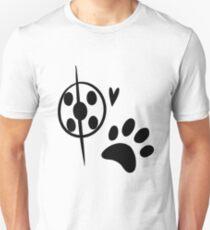 Miraculous Ladybug Chat Noir and Ladybug Signatures Unisex T-Shirt
