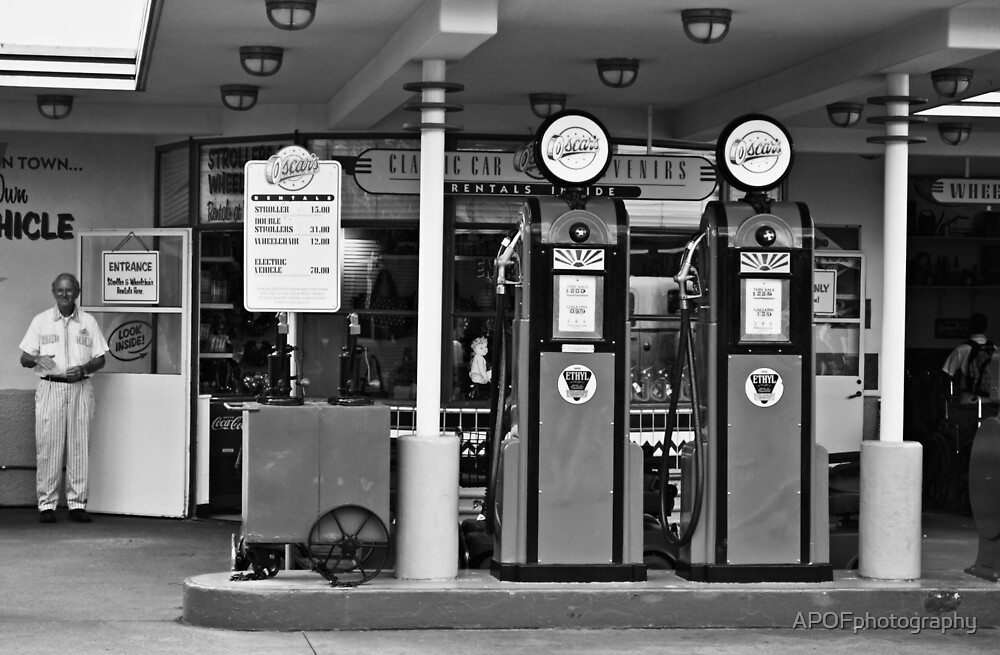 Oscars Gas by APOFphotography