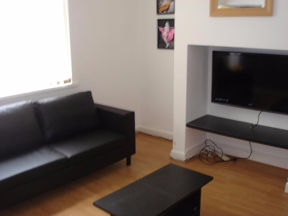 Accommodation for Students in Preston UK @ Affordable Prices! by kingswoodUK