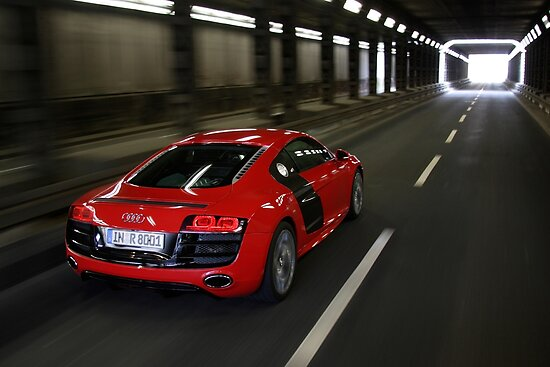 Audi R8 V10 Spyder in Tunnel by Stefan Bau