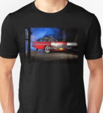 """Christine"", the Plymouth Fury from the movie of John Carpenter Unisex T-Shirt"