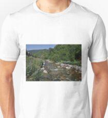 setcases river Unisex T-Shirt