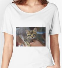 Kitten in the hand Women's Relaxed Fit T-Shirt