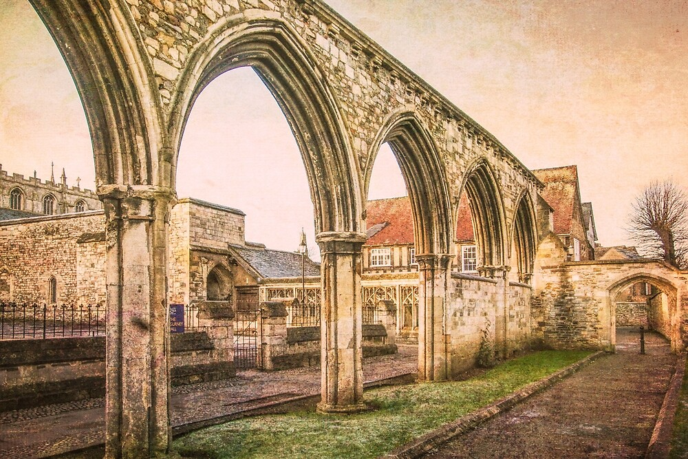 In the grounds of Gloucester Cathedral by Jeff  Wilson