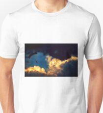Paraglide in the clouds Unisex T-Shirt