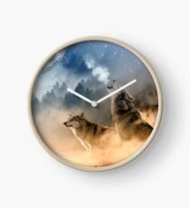 Wolves Howling in the Moonlight Clock