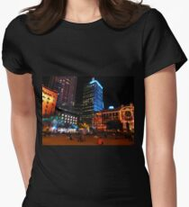 Lit up for the G20 meeting in Brisbane Women's Fitted T-Shirt