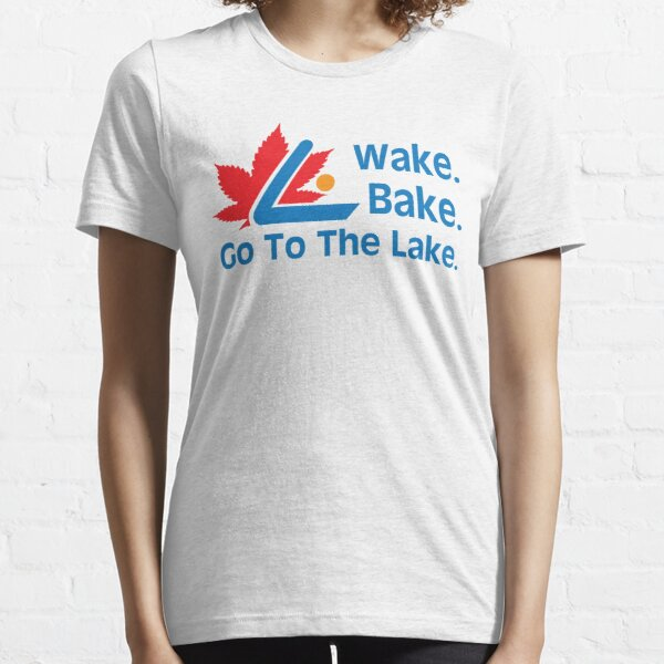 Defending Awesome - Wake Bake Go To The Lake Essential T-Shirt