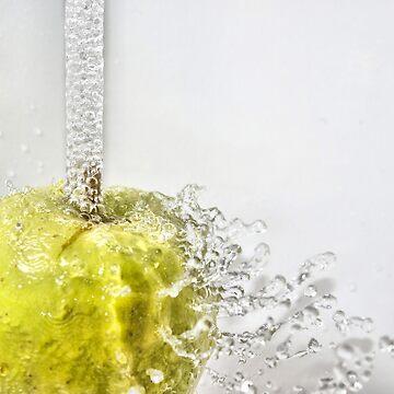Sparkling apple by ArveBettum