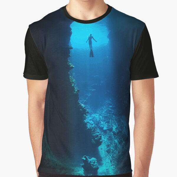 Free Diver Graphic T-Shirt