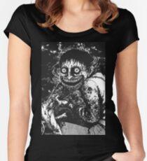 Das Geheimnis des Geisterhauses Tailliertes Rundhals-Shirt