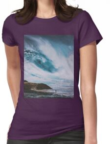 Those aren't mountains, they're waves! Womens Fitted T-Shirt