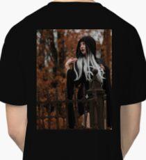 Gothic Graveyard Girl Classic T-Shirt