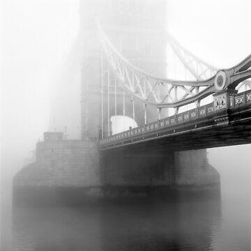 London Bridge in Fog by Kilbracken