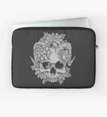 Japanese Skull Laptop Sleeve
