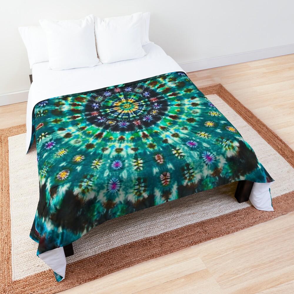 Tie-Dye Turquoise Comforter