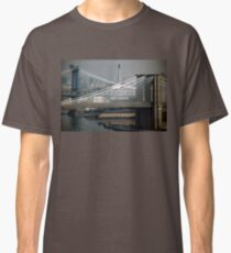 Manhattan & Brooklyn Bridge's > Classic T-Shirt